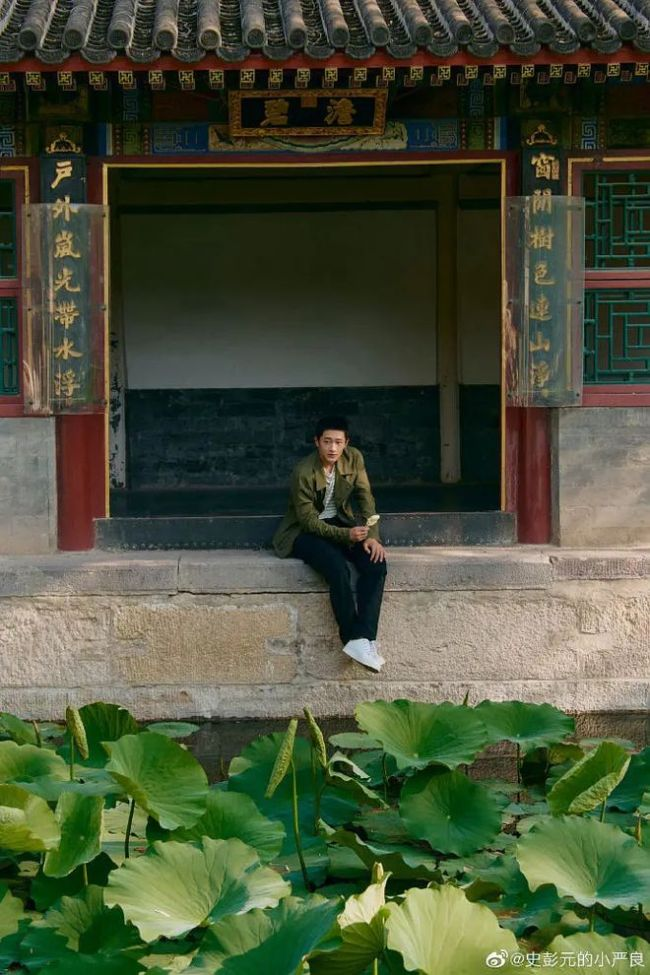 """网曝15岁史彭元扒墙救落水者 曾演""""隐秘的角落"""""""