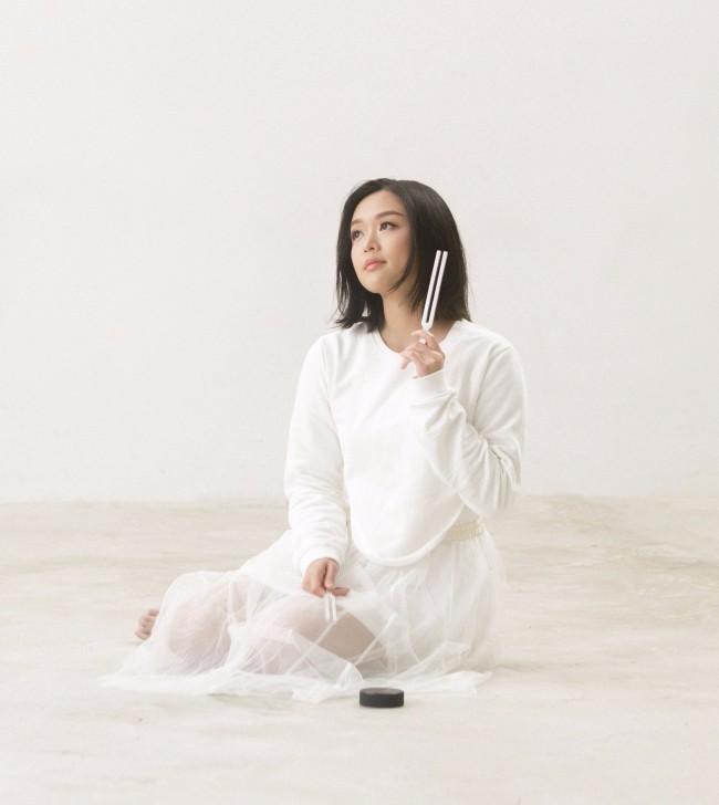陈明憙全新粤语歌《声之静》结合音频治疗治愈痛楚