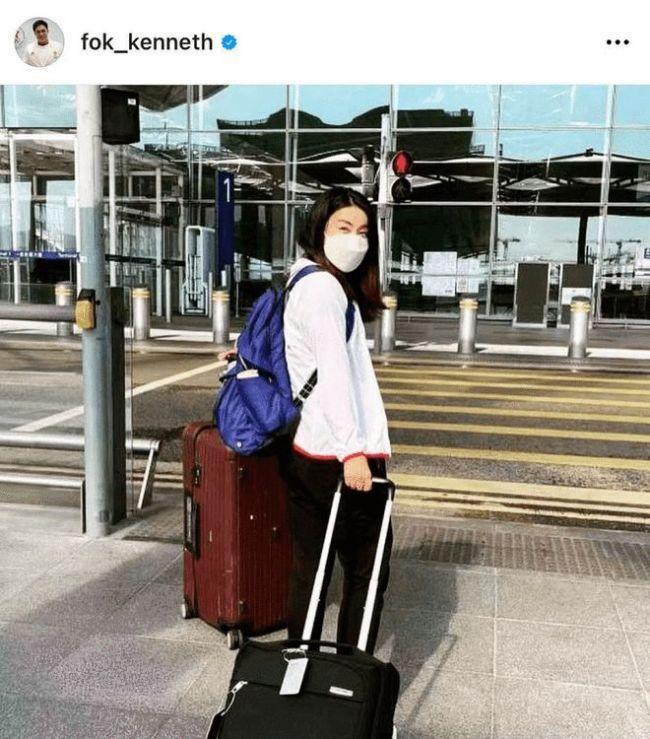 郭晶晶前往日本任奥运跳水评委 霍启刚为爱妻送行