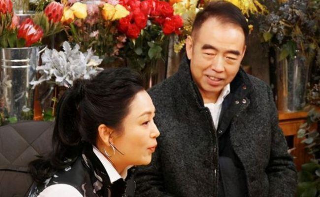 陈飞宇分享童年照为陈凯歌庆生 表白爸爸感动满满