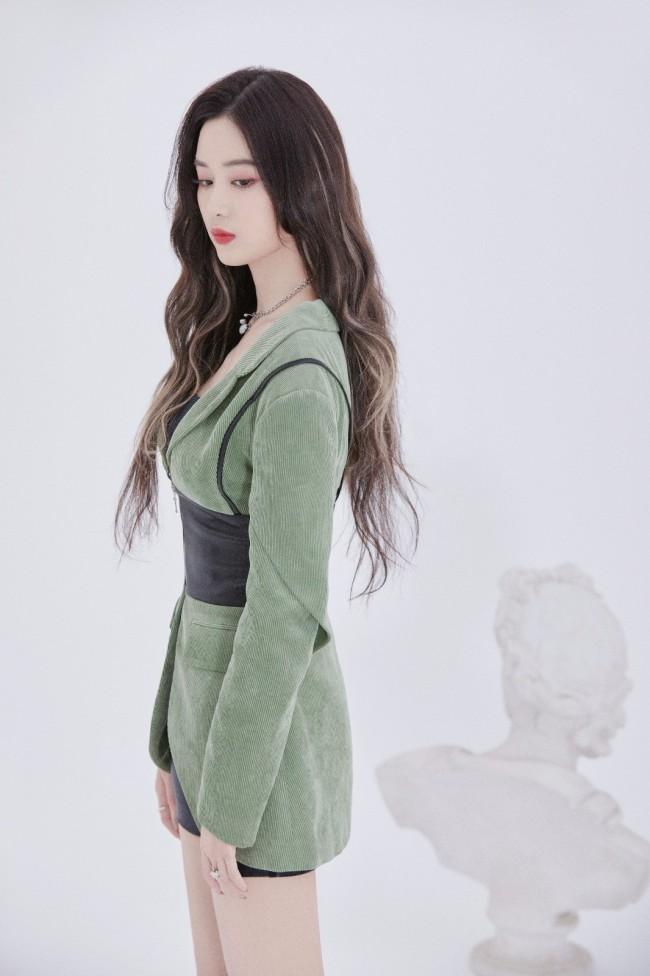 徐艺洋全新生日单曲《有你》上线