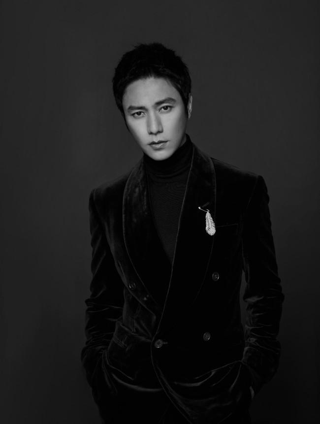 陈坤亮相第十一届北京国际电影节开幕红毯