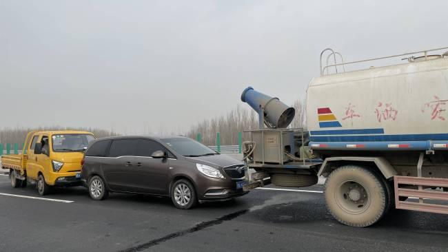 山东开展高速公路陆空联合救援演练 提高各方面能力保障人民群众