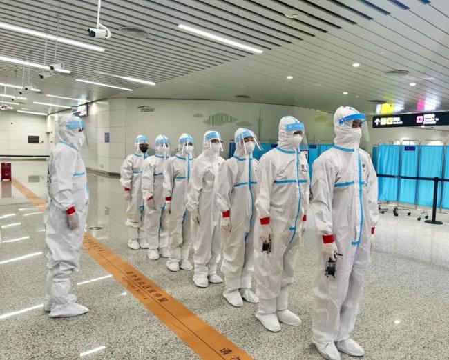 """广州市入境人员疫情防控工作形成""""广州标准"""" 筑牢外防输入坚固防线"""