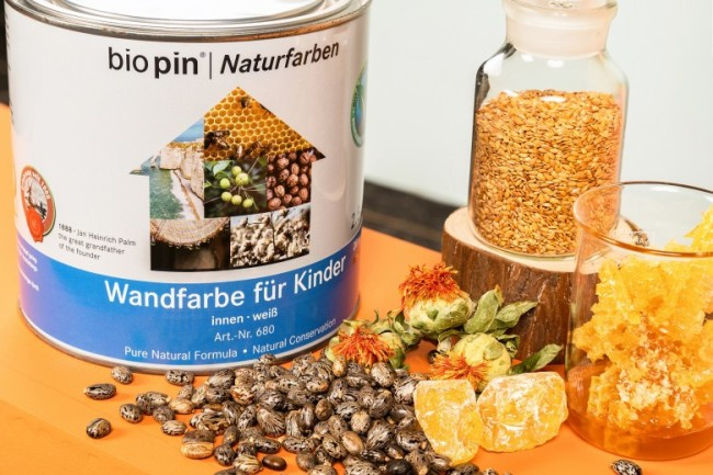 图为biopin®百槟纯天然生物涂料及原材料展示.jpg