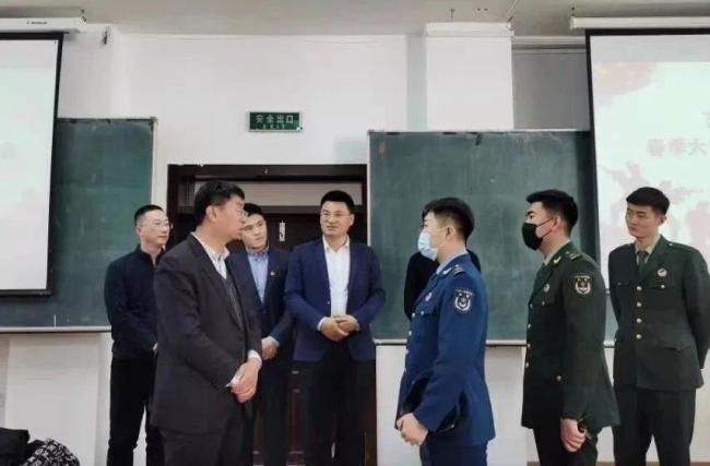 吉林省开展优秀退役大学生士兵巡回宣讲团进校园活动