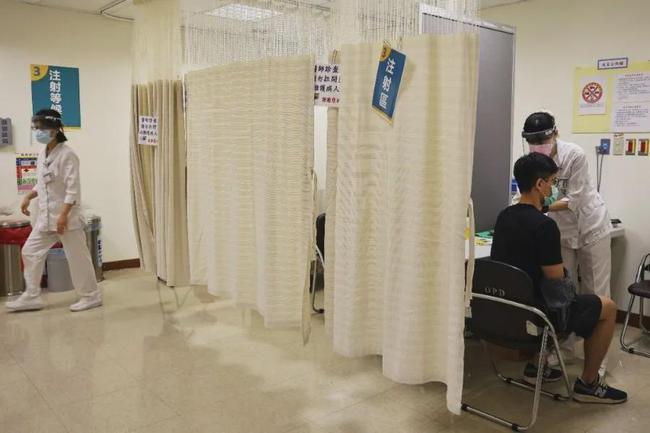 大陆网民反对给台湾居民疫苗?官方回应了