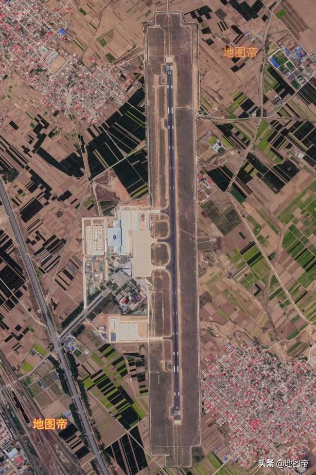 航拍邯郸机场,距市中心很近,约10公里