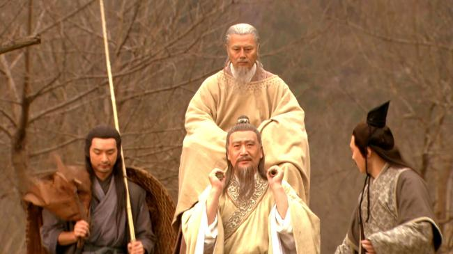 清朝一件看戏而起的奇案,群殴死伤无数,惊动皇帝