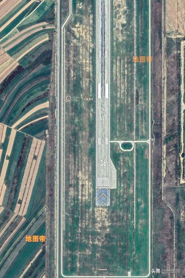 航拍固原六盘山机场,很多飞行员都是在这里进行训练的