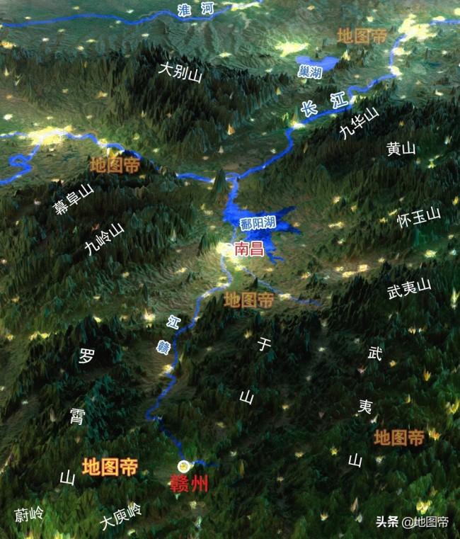 航拍赣州黄金机场,江西省第二大机场