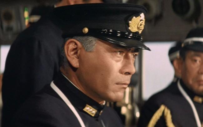 日本为什么冒险偷袭珍珠港?为了获取宝贵的石油