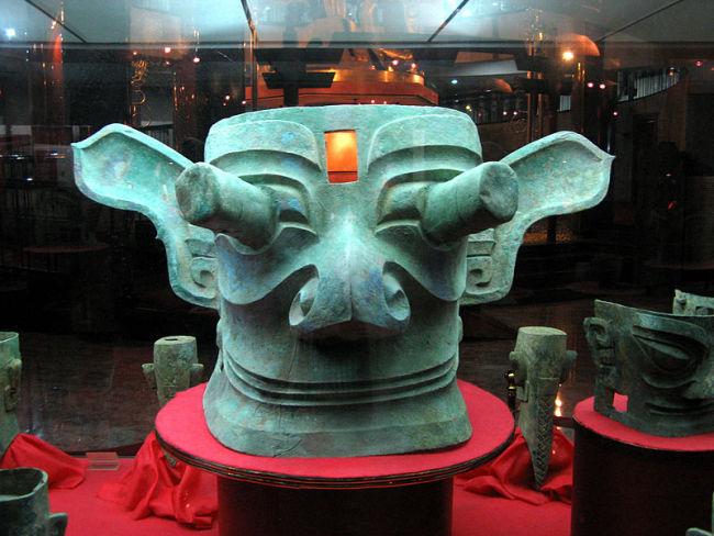 古蜀国人长什么样?这些神秘的三星堆青铜人面像可以做参考么?