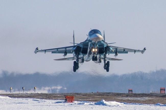 俄苏-34检验在北极环境下战斗,打击陆海空目标