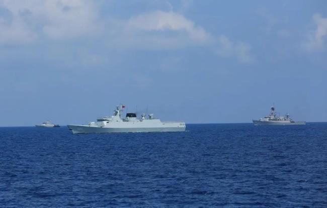 中国印尼海军联演 这个细节感人……