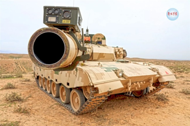 钢铁雄狮!看我装甲兵如何驰骋大漠