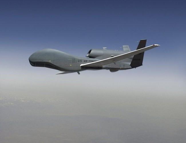 """美国空军承认其""""全球鹰""""无人机无法生存"""