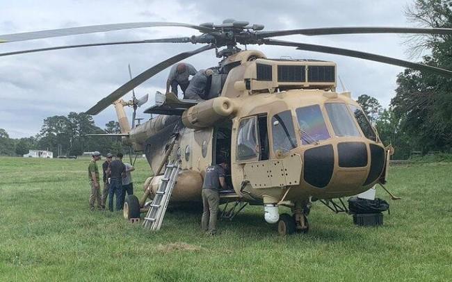 美媒曝俄制军用直升机在美国农场迫降