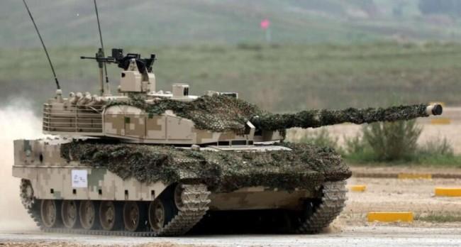 "T-14""阿玛塔""主战坦克即将列装俄陆军"