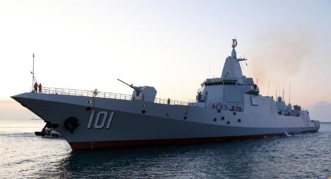 美驱逐舰闯中俄联合演习射击海域,俄军战舰没客气