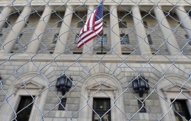 俄媒:美国商务部将45家俄罗斯企业列入制裁名单