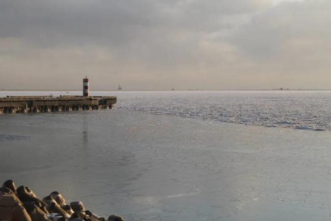 辽东湾海冰分布面积达9688平方公里 较月初增长55%