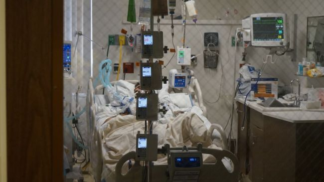 美国加州医院满负荷运转