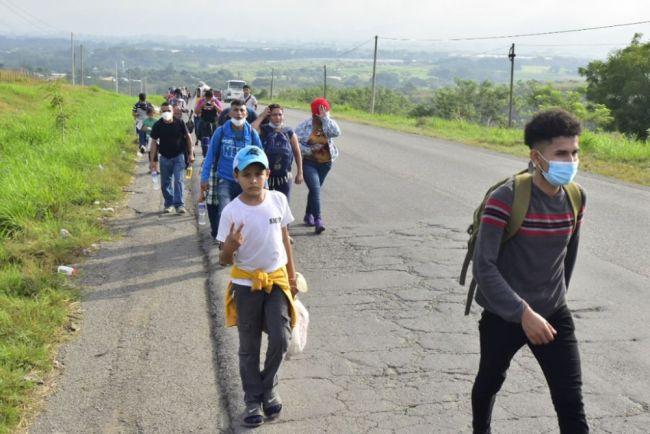 美国边境在押移民儿童激增 引发人道危机之忧