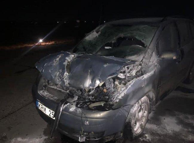 乌克兰军官醉酒驾驶汽车开上跑道,撞毁一架战斗机