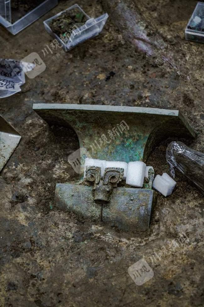 三星堆遗址考古重大发现今日揭晓!重量级文物纷纷亮相!