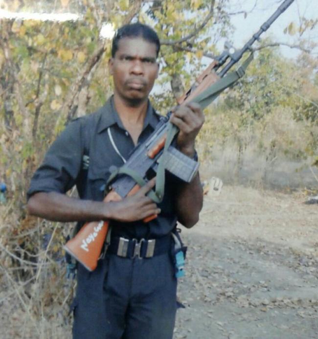 印度安全部队与印毛派武装交火 士兵5死20伤