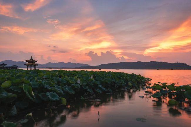 △浙江杭州西湖 图源:视觉中国