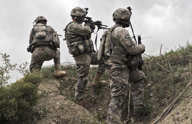 美国北约撤军第一天,塔利班攻陷阿富汗一军事基地
