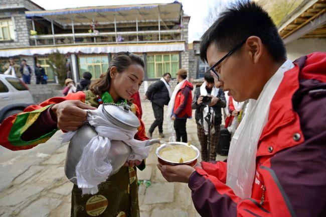 """数说宝""""藏""""·70年巨变丨60万人!技能培训让西藏农牧民体验多彩人生"""