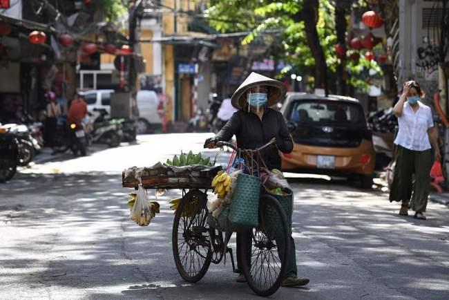 """越南出现变异新冠病毒""""混合体"""" 已有至少4人感染"""