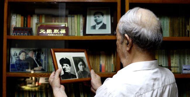 中国故事|未见一面 仰念一生——陈潭秋之子追忆父辈的家国情