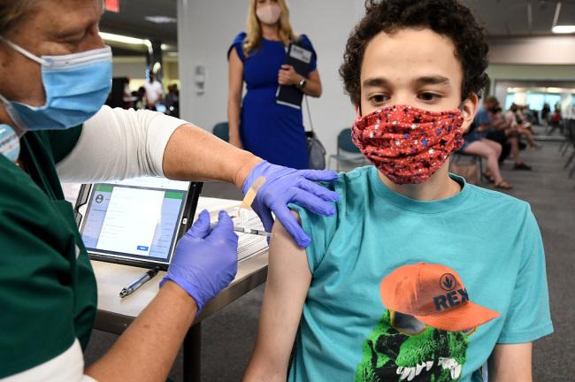 美国一夏令营暴发疫情致85人感染大部分人未打疫苗