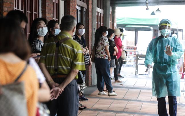 台湾新增39例本土新冠病例 新增9例死亡病例