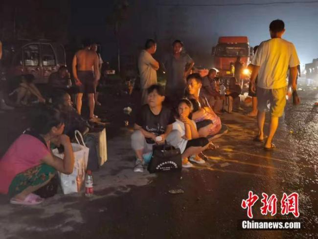 直击洪水围困的新乡:那一夜,他们不得不二次转移