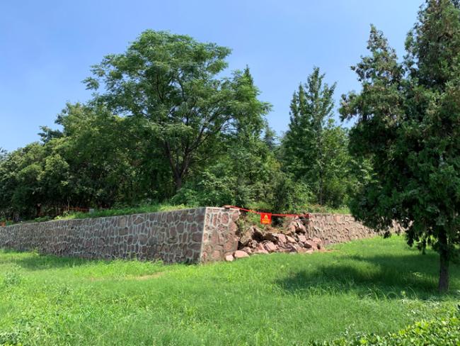 △巩义北宋皇陵部分墙体坍塌