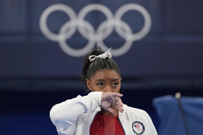 美国体操名将拜尔斯退出全能决赛将专注于心理健康