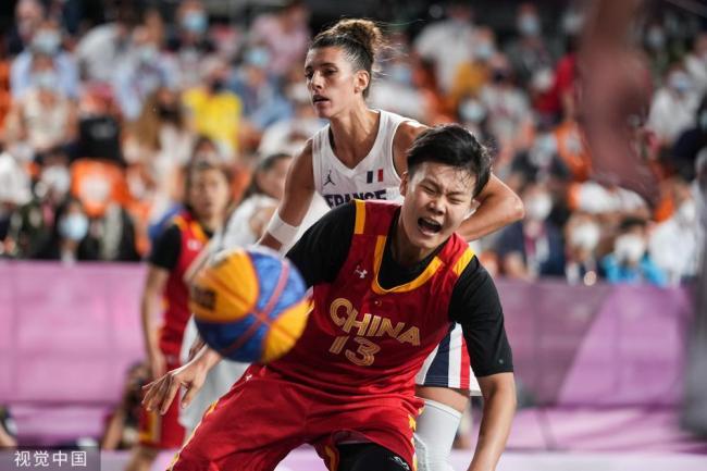 女子三人篮球 中国击败法国摘得铜牌