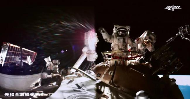 神舟十二号航天员圆满完成第二次出舱既定任务