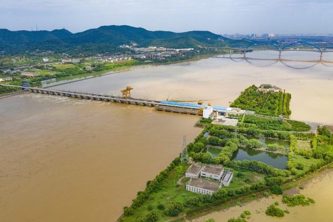 湖北襄阳:汉江迎2021年最大洪峰