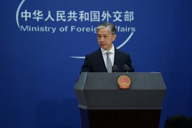 """法国总统提议在喀布尔设立""""安全区"""" 中方回应"""