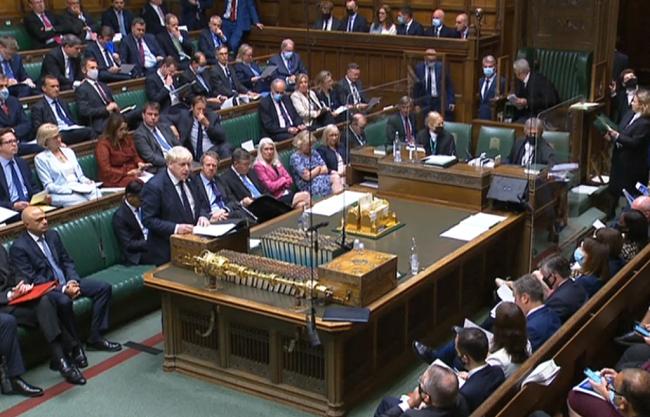 英国政府宣布3年加税 给国民医疗服务额外拨款