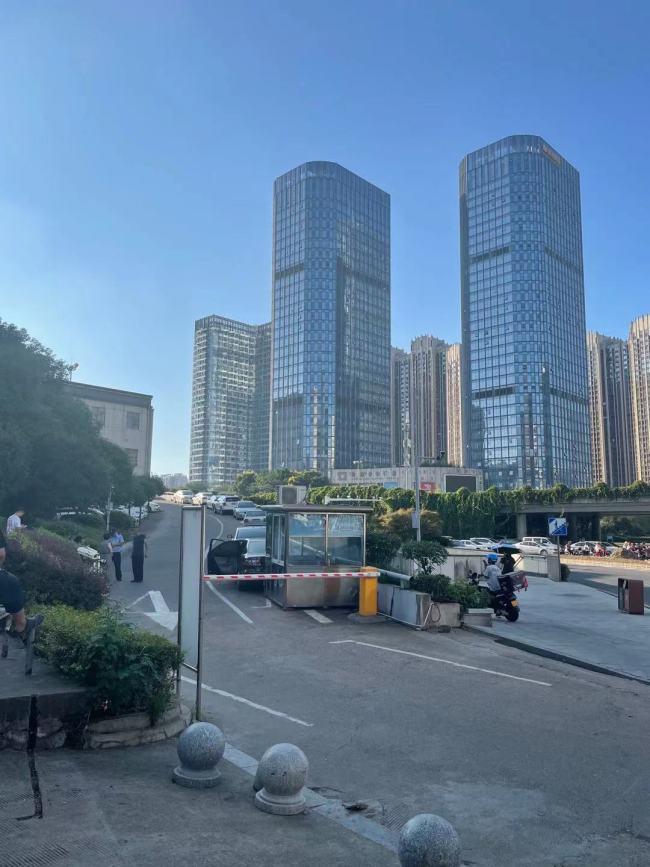 9月10日17时,长沙市岳麓区人民法院 新京报记者 彭冲 摄
