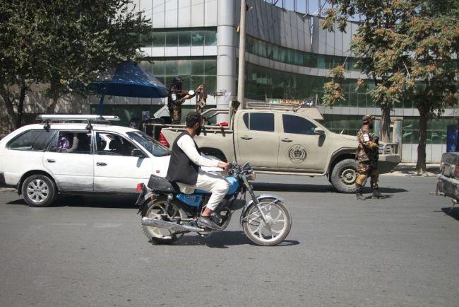 这是9月8日拍摄的阿富汗喀布尔街头。(新华社发,塞夫拉赫曼·萨菲摄)