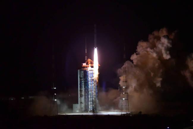 """中国太阳探测计划来了!""""羲和""""开启""""探日""""时代"""