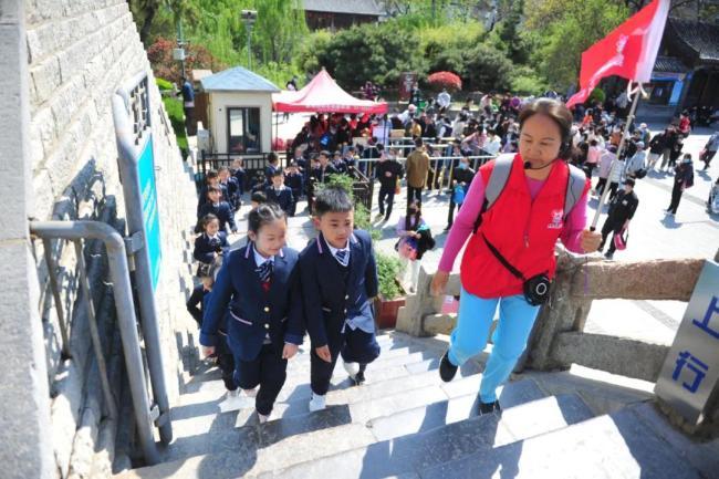 济南旅游业春天复苏,市民游客出游热情高涨